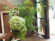 こちらは、ハーブ花束。お土産です~^^ 9月もお楽しみに♪
