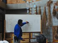 まずは座学。図で切り方・刃の入れ方や位置などを解説します。